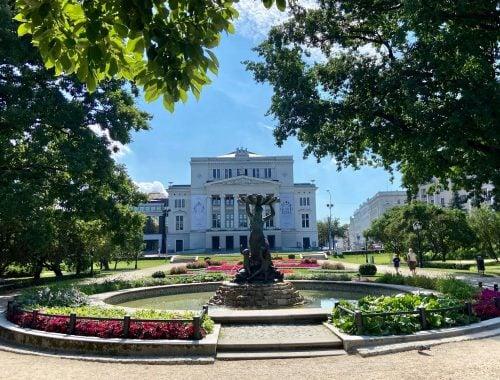 Riikan risteily nähtävää Riika - palatsit
