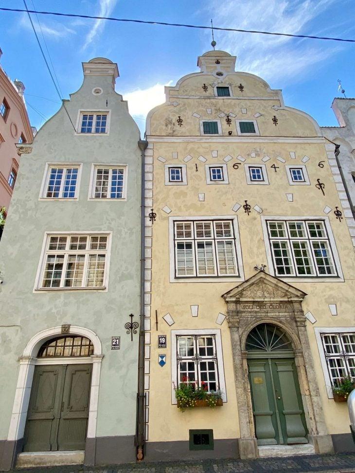 Helsinki-Riika risteily, nähtävää - Vanha kaupunki vanhimmat talot Kolme veljestä