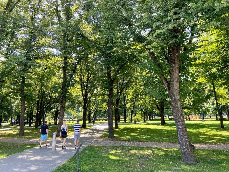 Helsinki Riika risteily, nähtävää - Vanha kaupunki, Riika puistoja