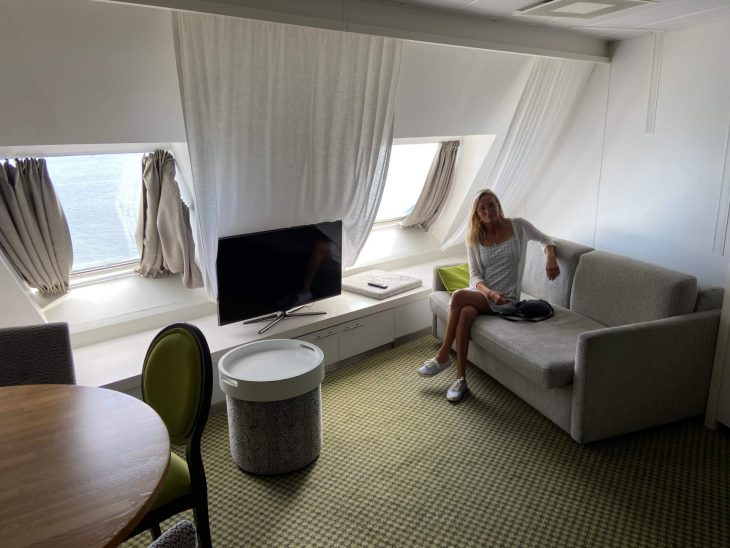 Silja Serenade Riikan risteily Junior suite olohuone