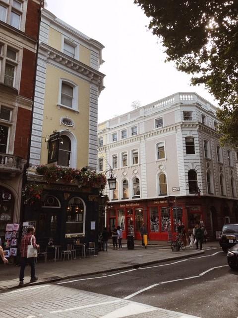 Virtuaalimatka Aristokraattinen Lontoo Naantalin matkakauppa