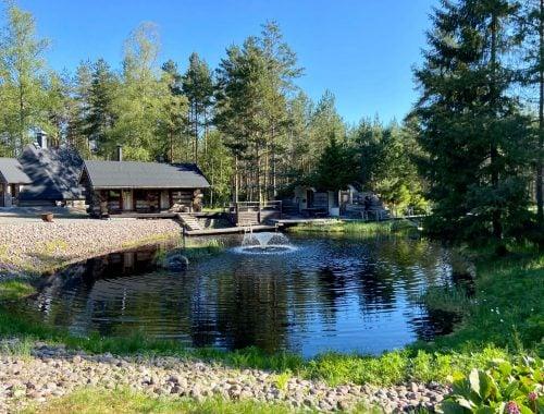 Rahgamo Resort lampi Huittinen kokoustila juhlatila hyvinvointi luonto
