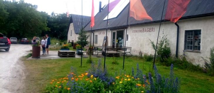Leva Kungslador - leipomo, kahvila, ravintola ja puutarhakalustemyymälä