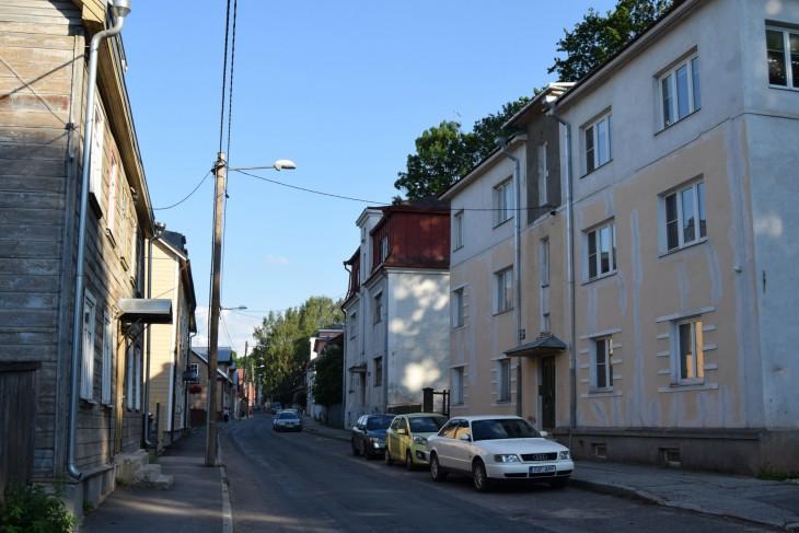 Virossa ensiapulaukku ja vaahtosammutin ovat pakollisia varusteita.
