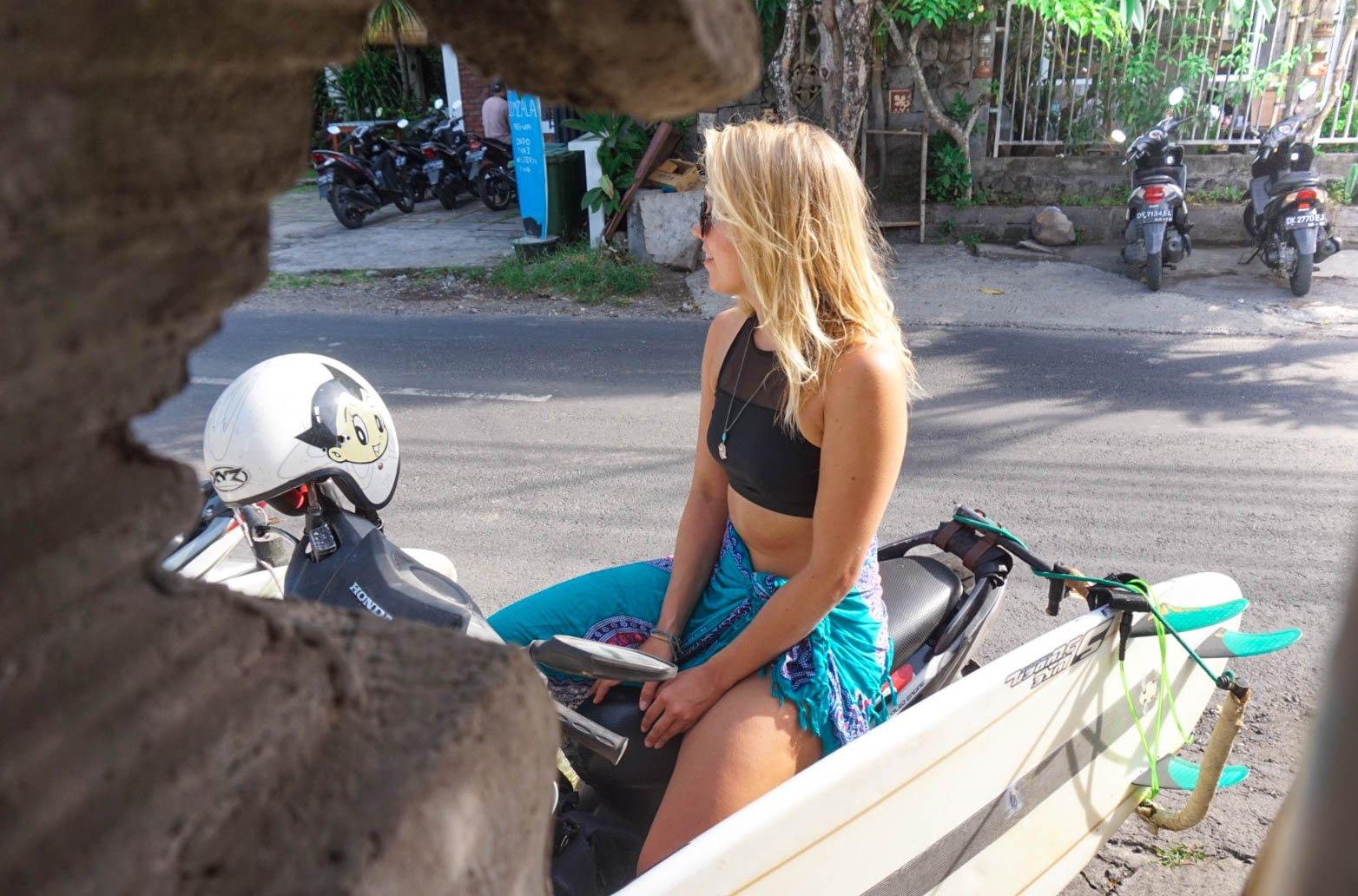 surfing bali indonesia rantapallo