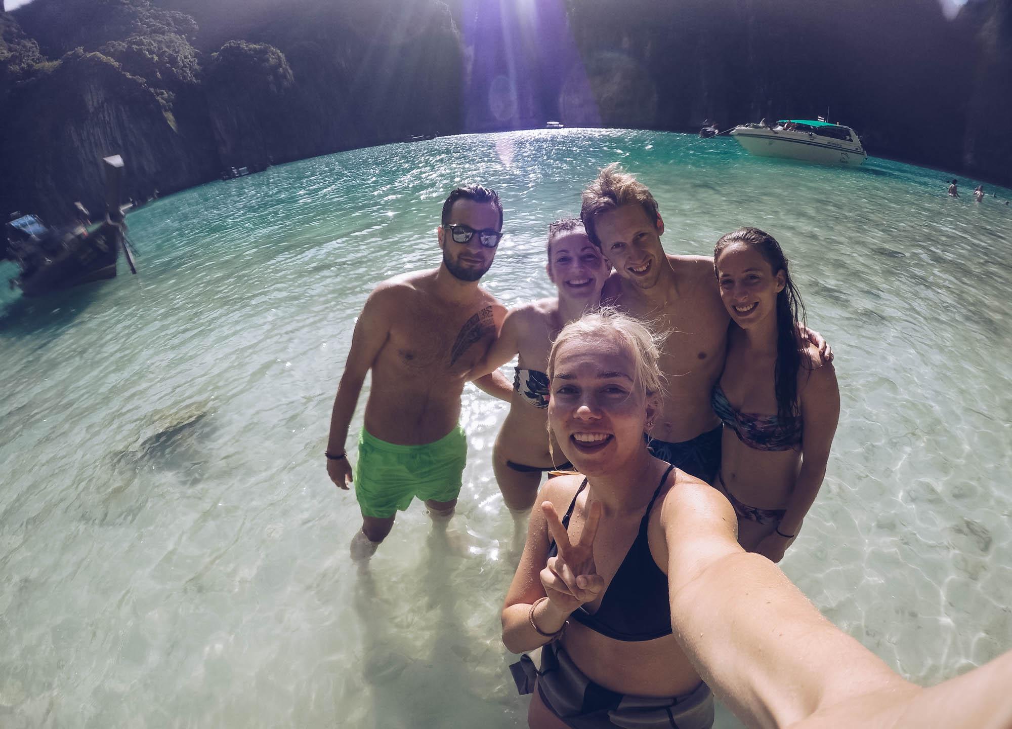 selfie gopro travel