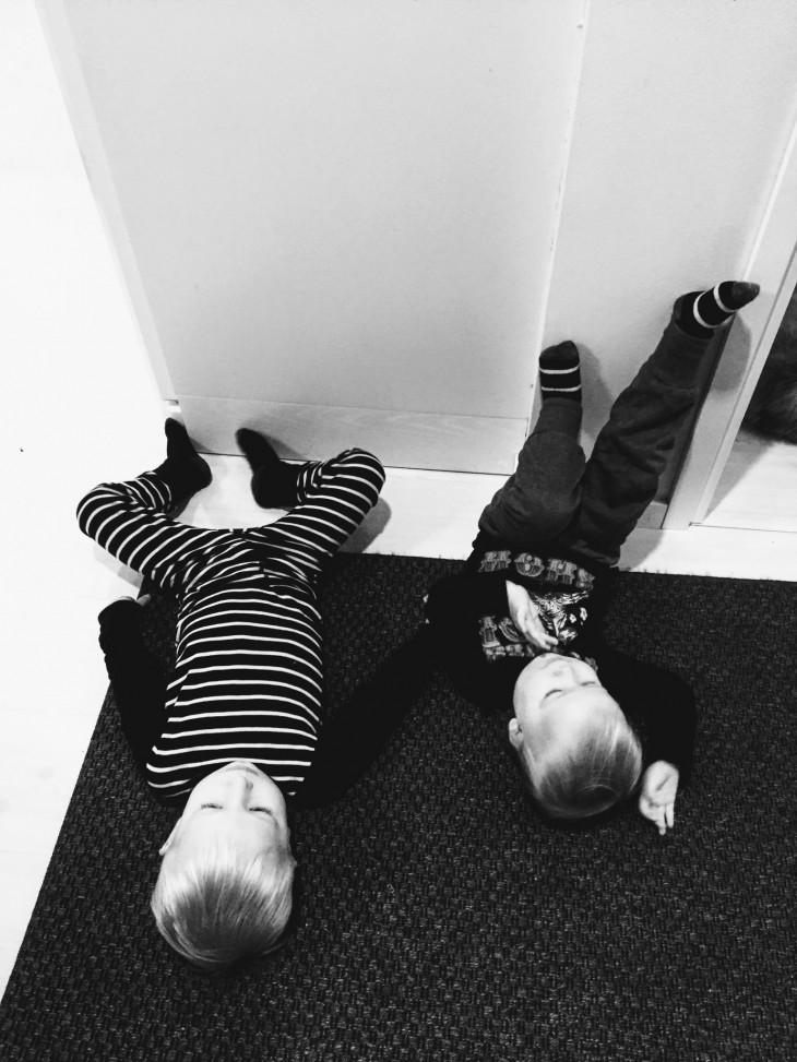 lapset relaa