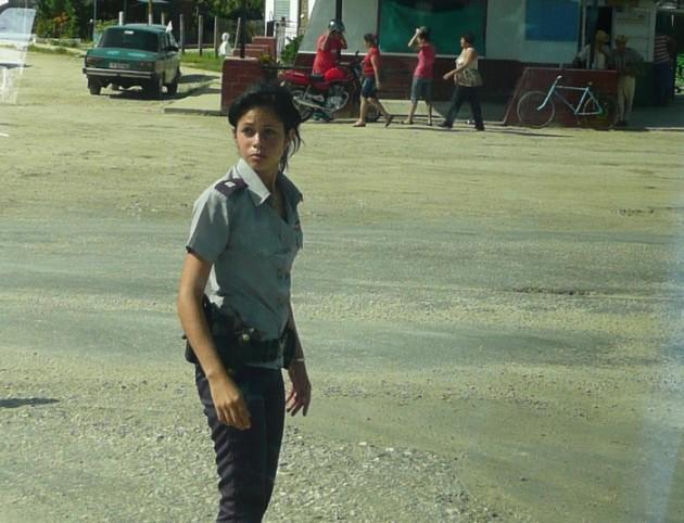 Liikennepoliisitar.
