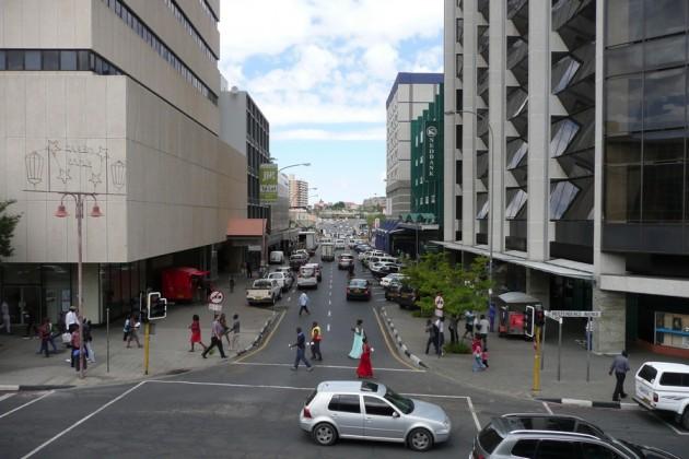 Säpinää maanantaisessa Windhoekissa.