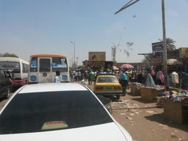 Khartumin liikennekaaos iltapäivällä.