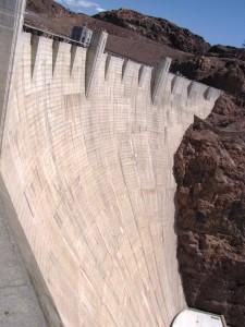Hooverin padon betonirakennelmaa