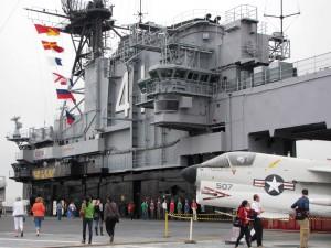 USS lentotukialusta