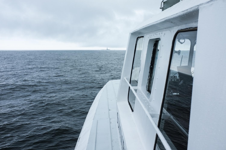 Laivan ikkuna ja merta