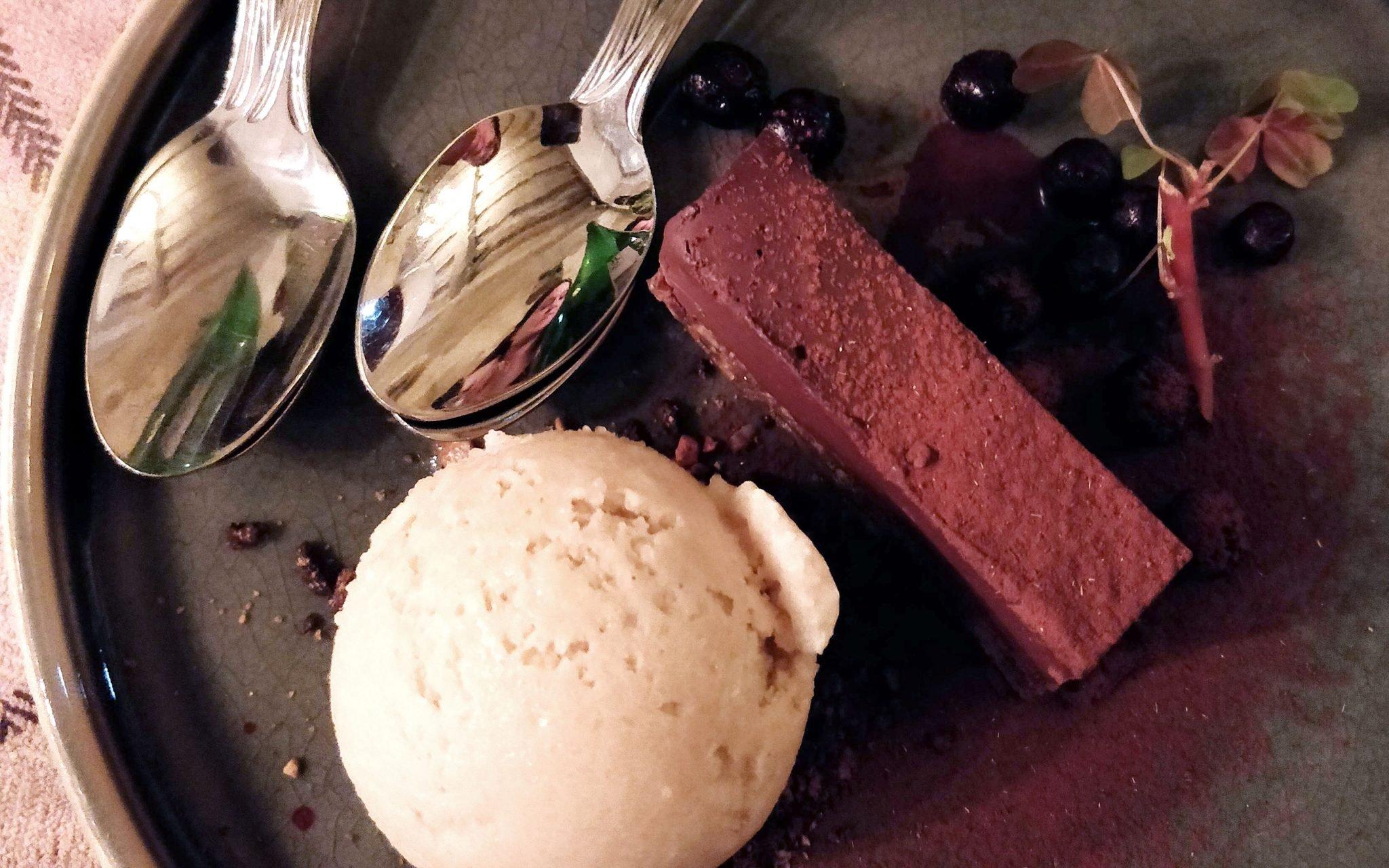 Von Krahlin suklaajälkiruoka