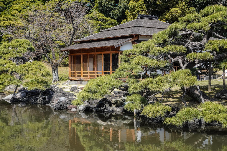 hamarikyu-puutarhan rakennuksia