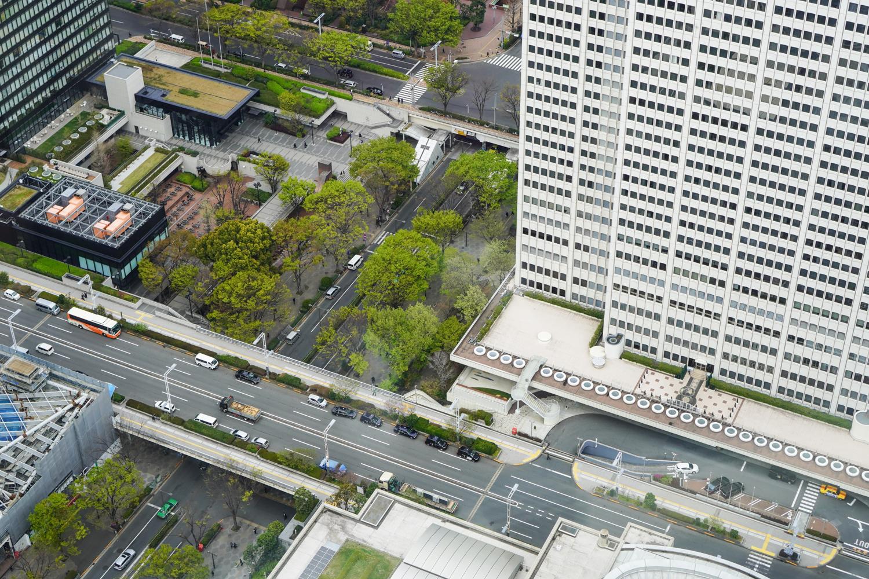 Tokion katuja kaukaa