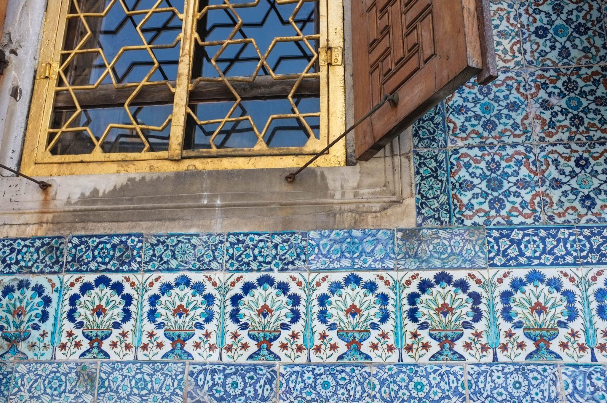 palatsin koristetiiliä Istanbulissa