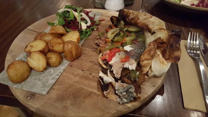 Zizzi seabass kalaruoka ravintola Lontoo