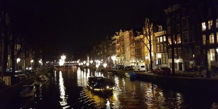 Amsterdam shoppailu kanaalit