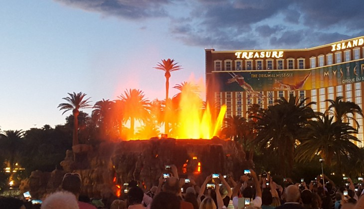 Mirage tulivuori esitys Las Vegas
