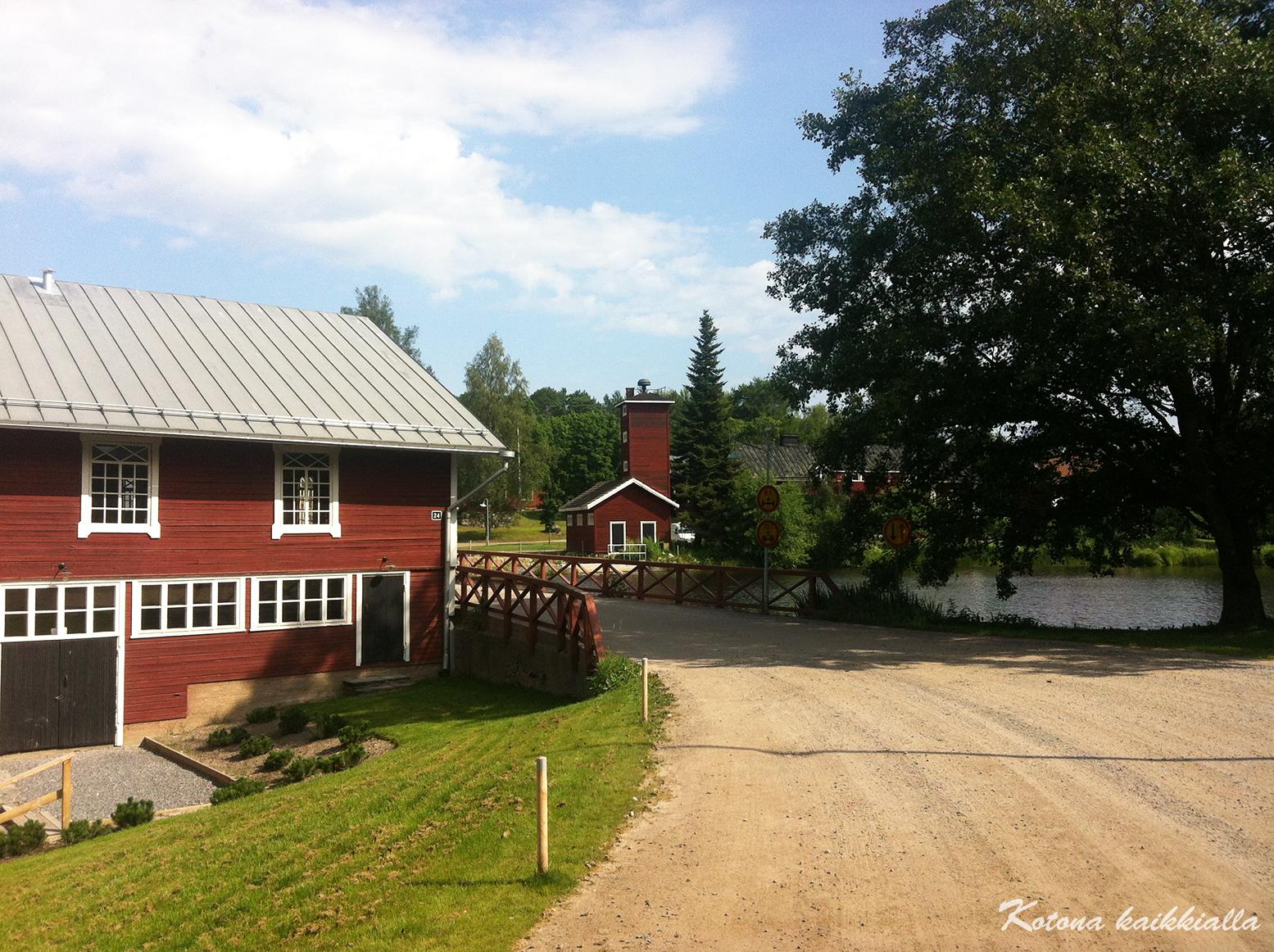 punaiset talot Suomi