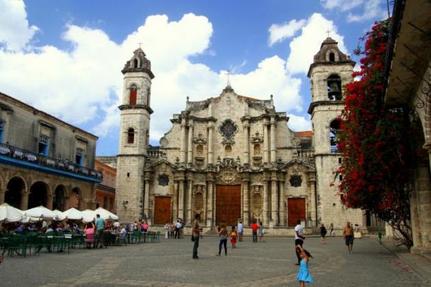 Plaza de la Catedral sekä itse katedraali