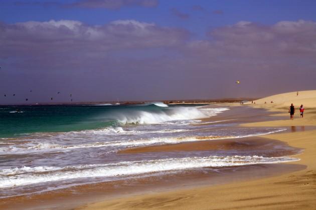 Salin aallot veivät meidät mennessään - onneksi vain takaisin rantaan.