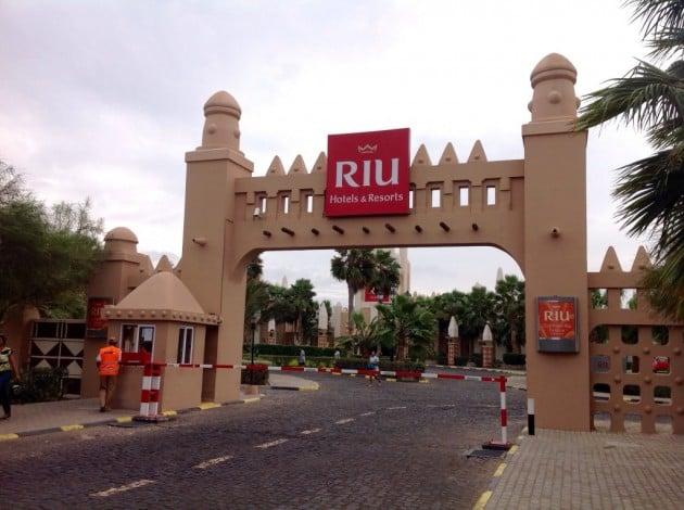 Sisääntulo Riu-hotelleille