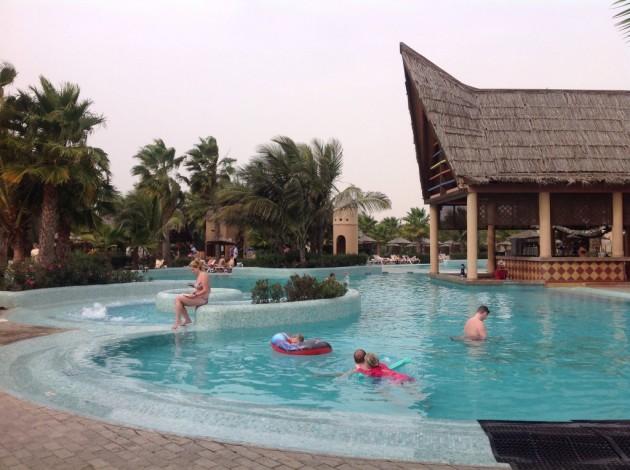Riu Funanan uima-allasaluetta