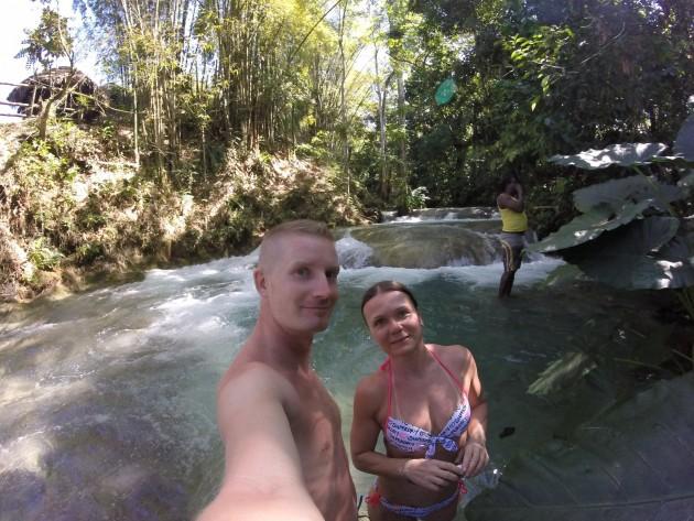 Mayfield Falls on paikka, minne kannatta tehdä retki Negrilistä, jos putoukset kiinnostavat. Paikasta juttua enemmän Jamaikan vesiputouksia-postauksessa!