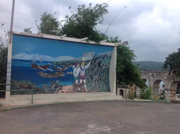 Matkalla Nine Mile-kylään kävimme täällä eli paikassa, jonne Columbus rantautui tullessaan Jamaikalle.