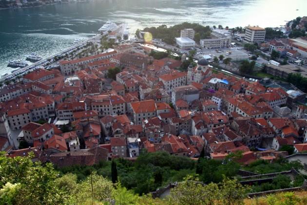 Kaupunki ylhäältä päin kuvattuna