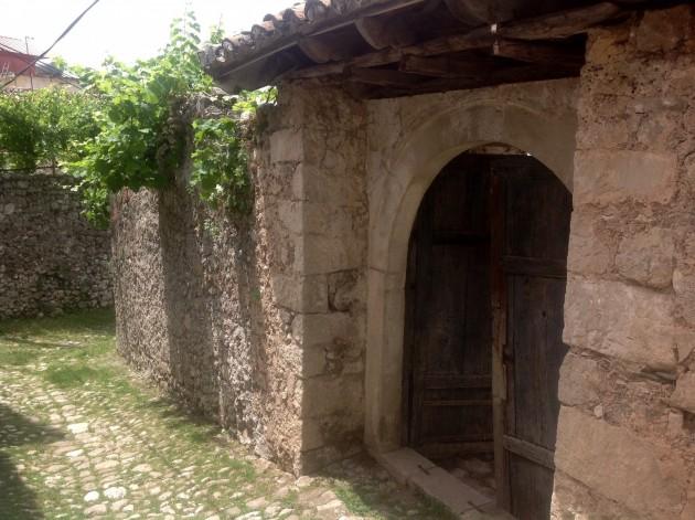 Linnan alueella asui myös paikallisia.