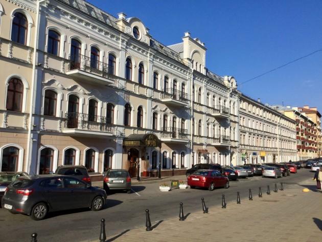 Minskin uusklassista arkkitehtuuria