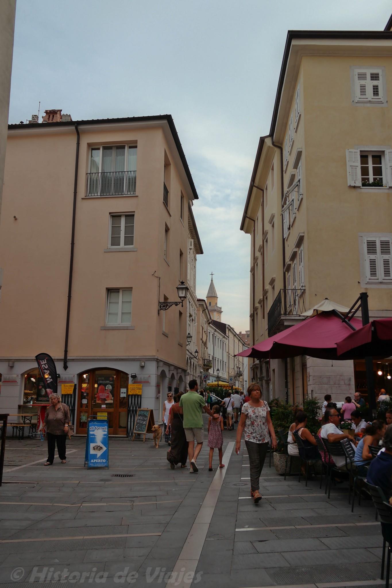 Triesten katumaisemaa