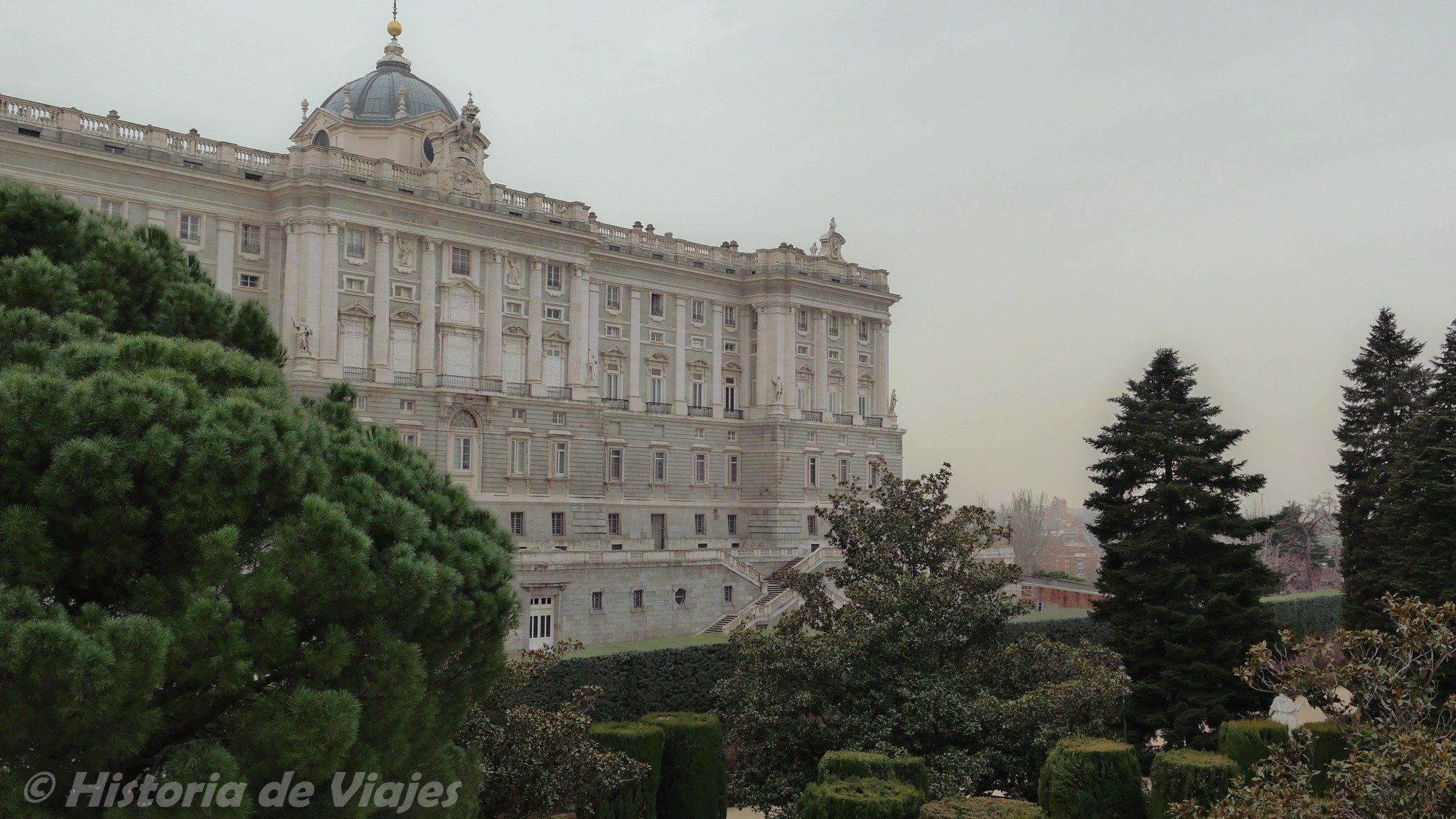Palaciodelosreyes_1