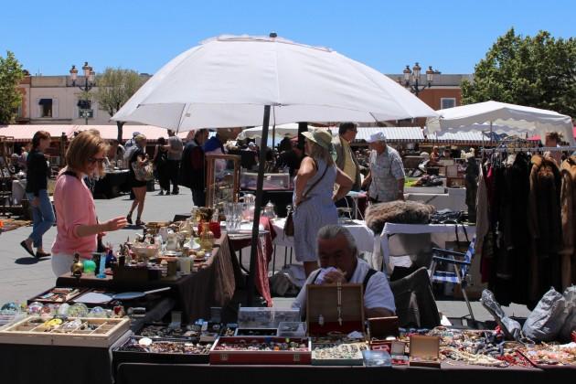 Nizza Ranska Nice France antiikkimarkkinat