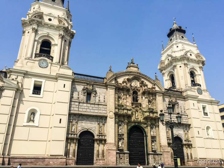 lima_building_church