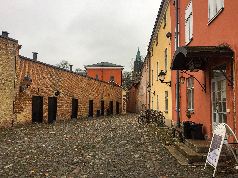 Historiallisen Turun Tunnelmaa Vanhan Suurtorin Ymparistossa