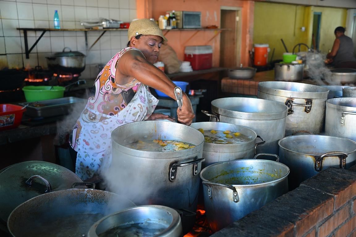 Paikallisten suosimia ruokapaikkoja Curacaolta löytyy Pundan kaupunginosasta.