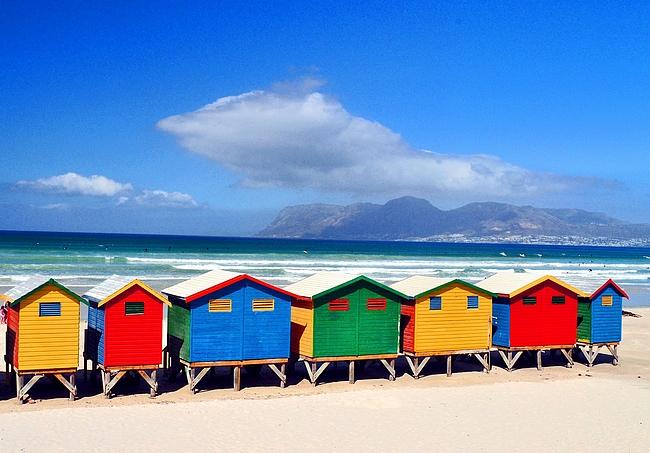 Muizenberg Beach copyright Gone & Going - blog (https://goneandgoing.files.wordpress.com)