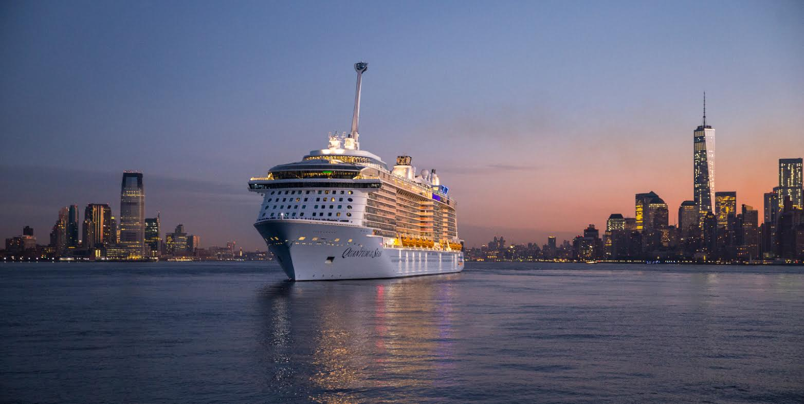 Quantum of the Seas - ensimmäinen saapuminen New Yorkiin 10.11.2014. Copyright Royal Caribbean International