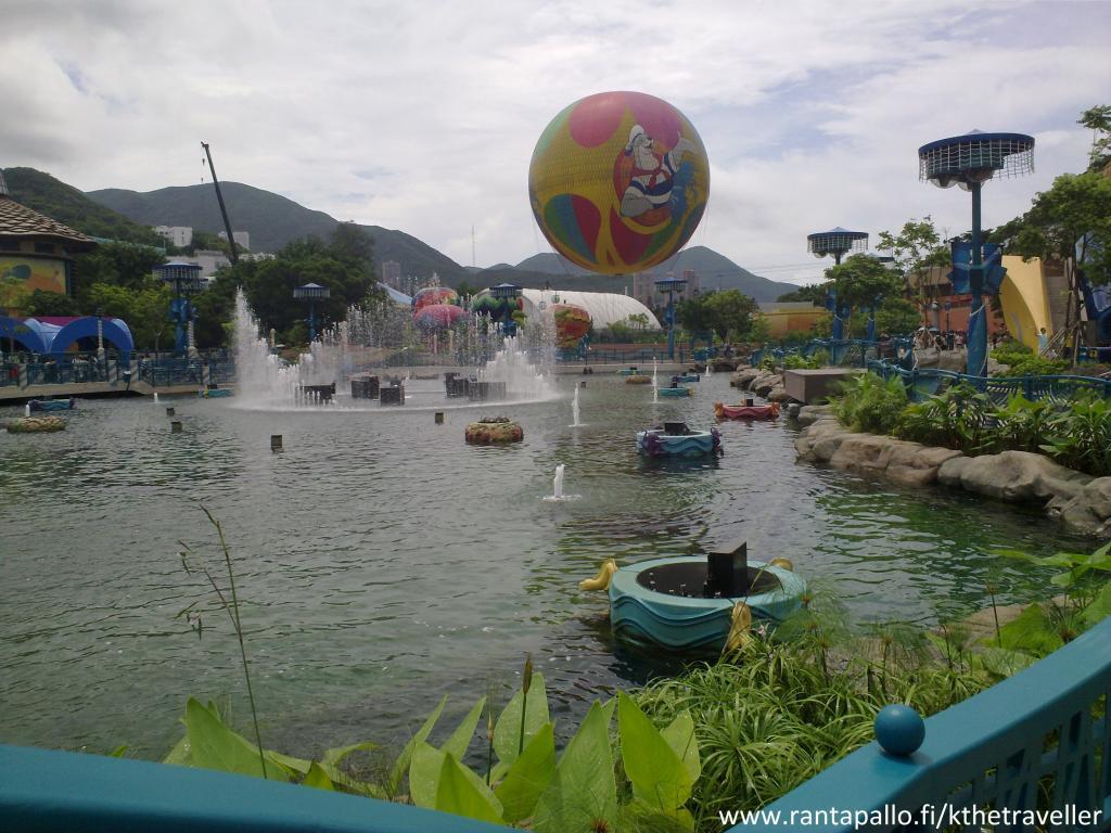 Lapsiperheille Ocean Park Hong Kong  Passionate Traveller