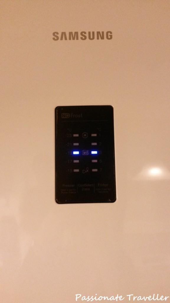 Kanisteri i-kirjain kytkeä jalkeilla 2 tieto kone keskenään