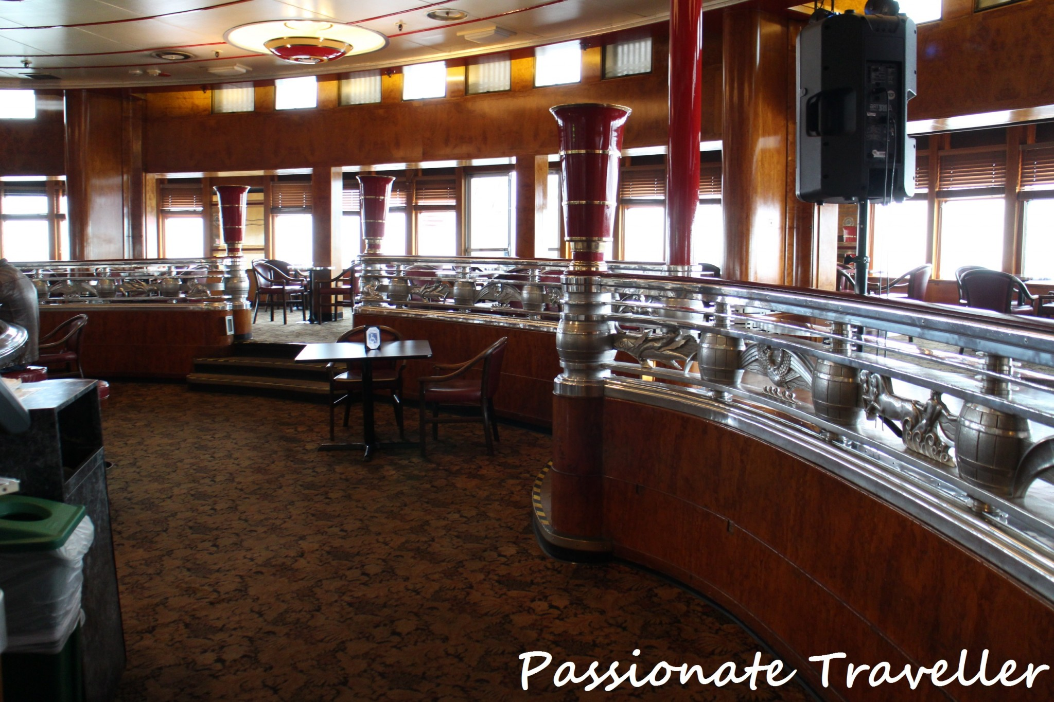 Queen Mary Interior Observation Bar 2