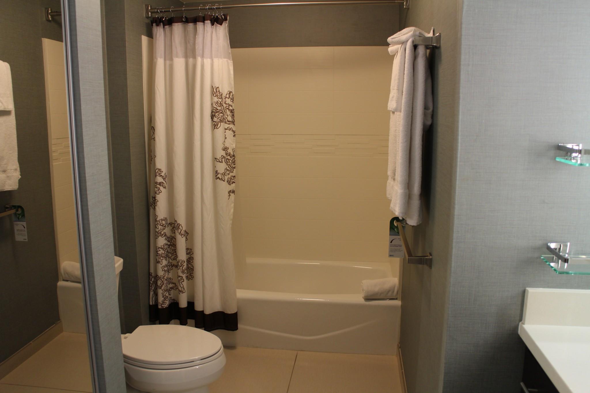 Residence Inn Redondo Beach Los Angeles bathroom