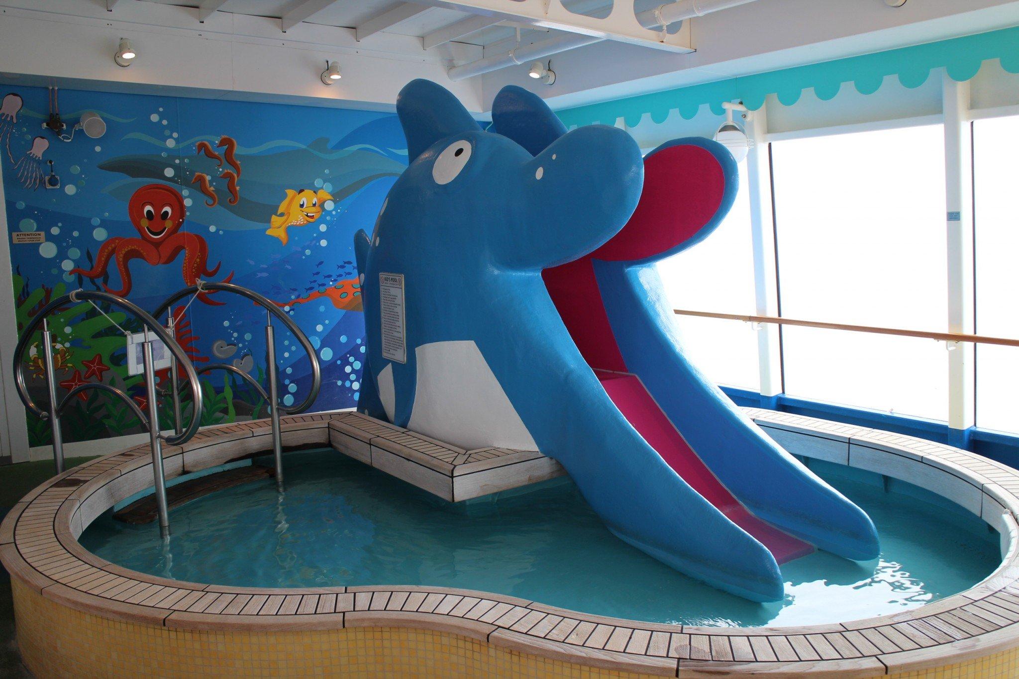 Norwegian Jewel kid's pool