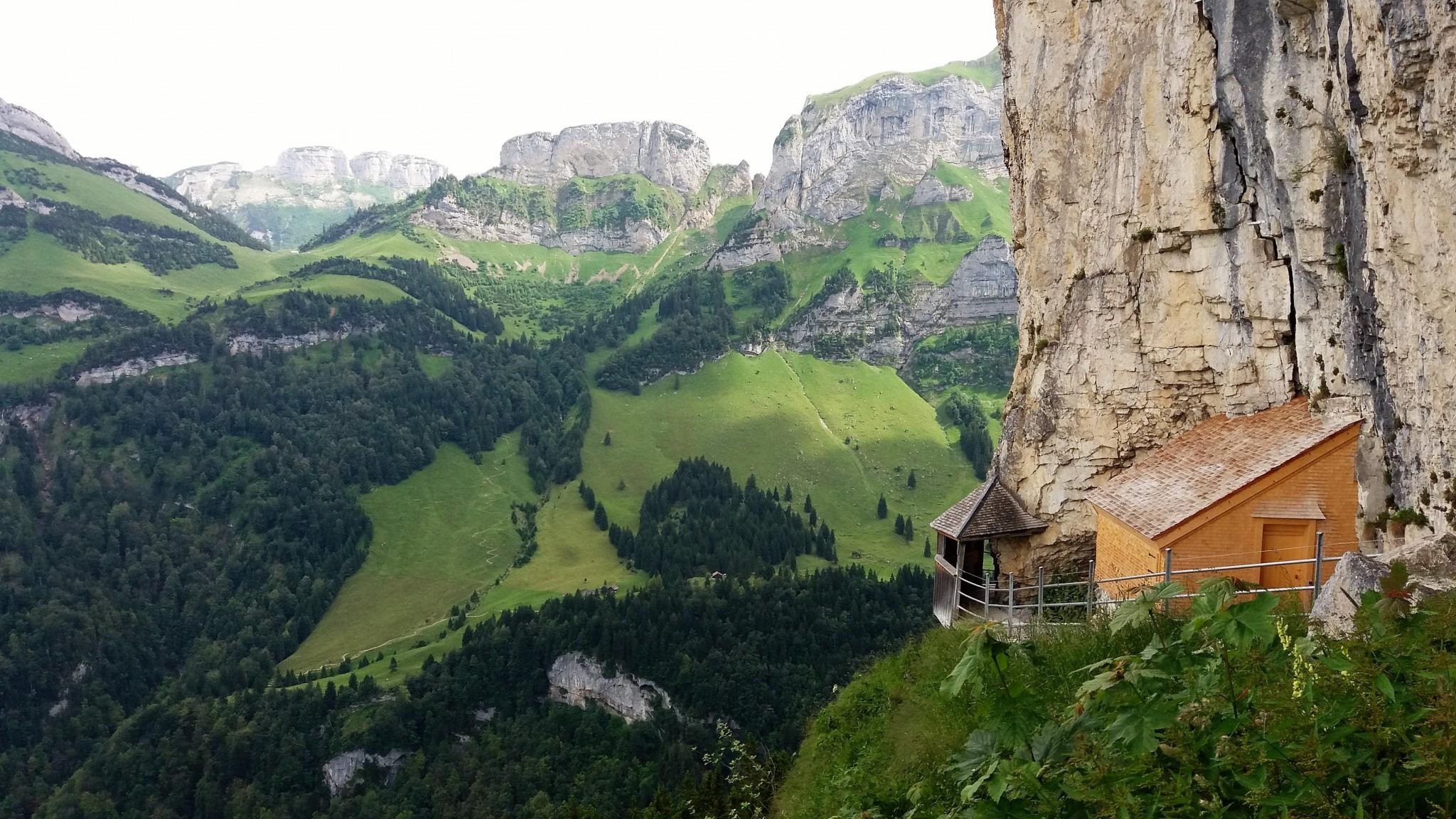Berggasthaus Aescher-Wildkirchli 1