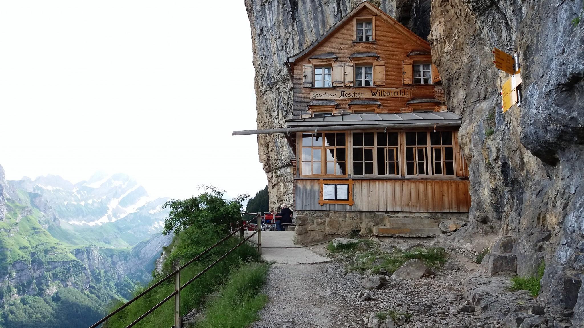 Berggasthaus Aescher-Wildkirchli 3