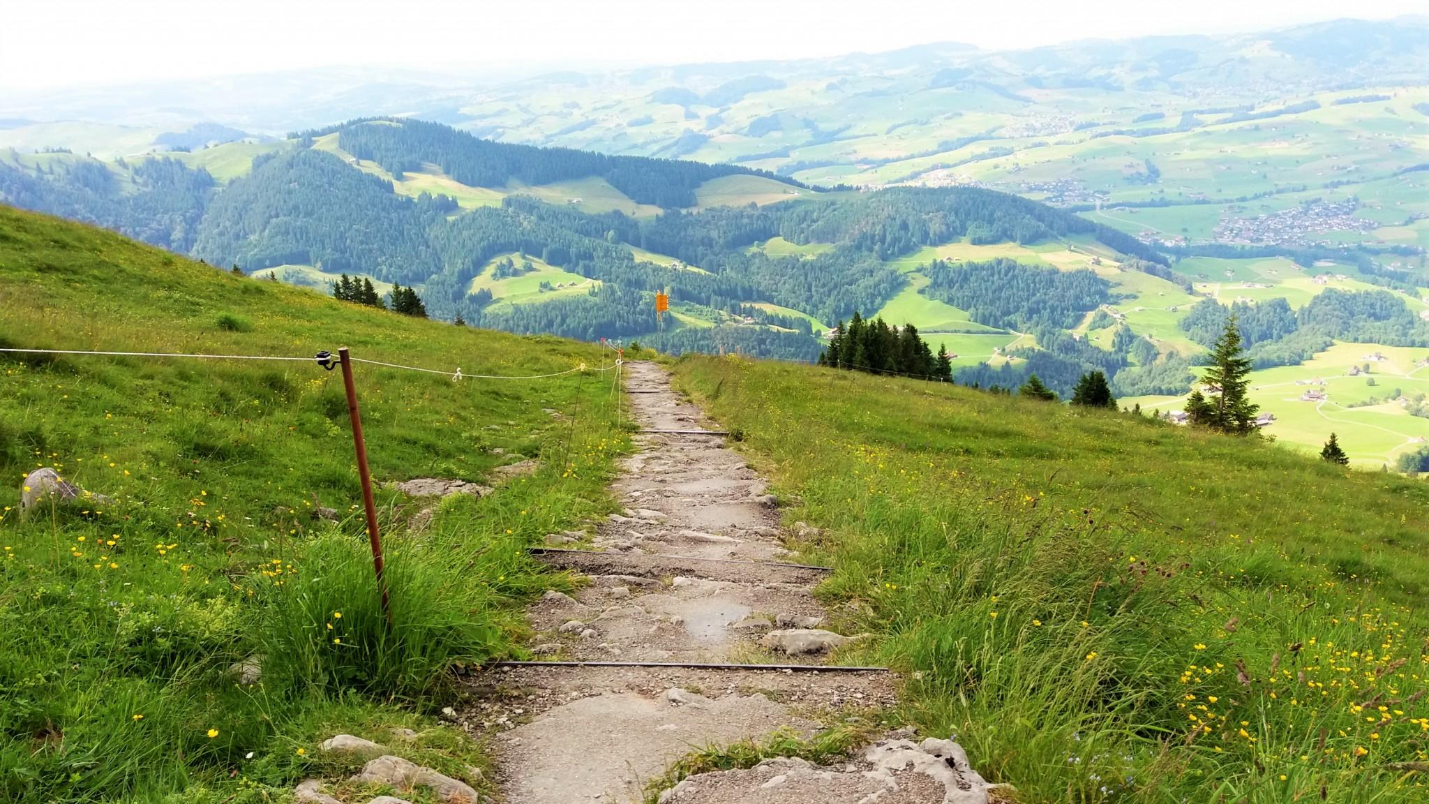 Berggasthaus Aescher-Wildkirchli hiking 0
